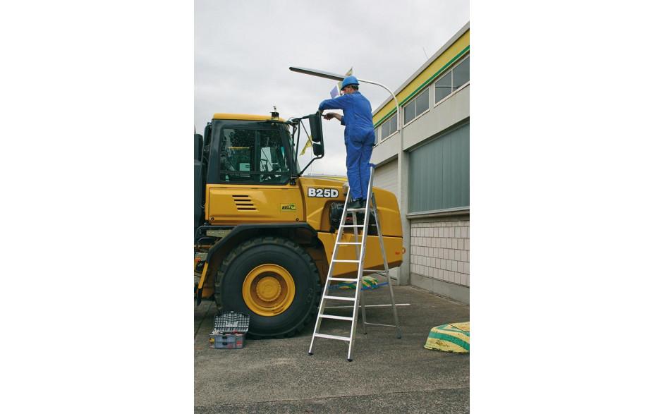 Stabilo Stufen-Stehleiter,Sprossen 8,Höhe 2,70m,Arbeitshöhe 3,90m,Gewicht10,5kg