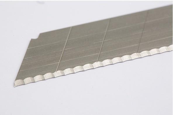 Cutterklingen gewellt 18 mm PAK = 10 ST